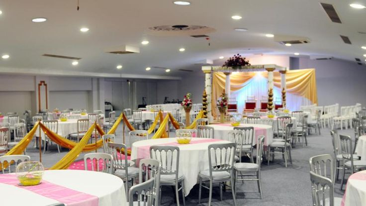 Looking For A Wedding Venue? Hire Best Wedding Venue In Leicester, UK. #venuesleicester #weddingvenuesleicester #asianweddingvenues