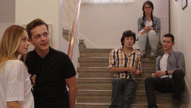 Sil Baştan - 5.Bölümü ile 25 Ekim Cumartesi günü Star Tv ekranlarında olacak! Başarılı ve geniş kadrosu ile özellikle gençlerin ilgi odağı haline gelen Sil Baştan dizisinin 5.bölüm fragmanını izleyebilirsiniz.