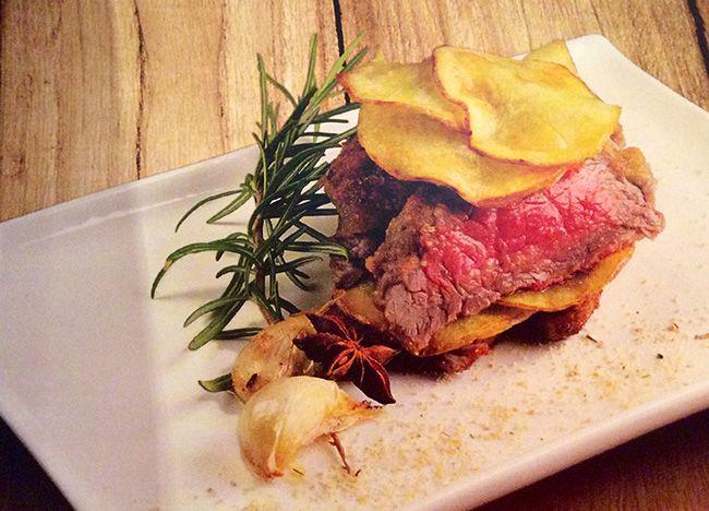 Manzo in crosta con patate croccanti | Food Loft - Il sito web ufficiale di Simone Rugiati
