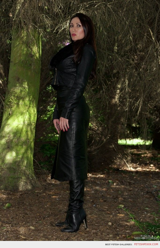 Miss Hybrid leather in woods