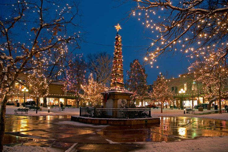 Christmas in Santa Fe.....LOVE. A place I have been more often than any other....calm, beautiful and bright.