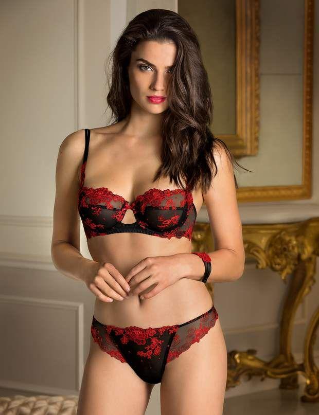 ce38fcc4e En rouge et noir les roses de l amourParure Lise CharmelSoutien gorge  corbeille fleuri