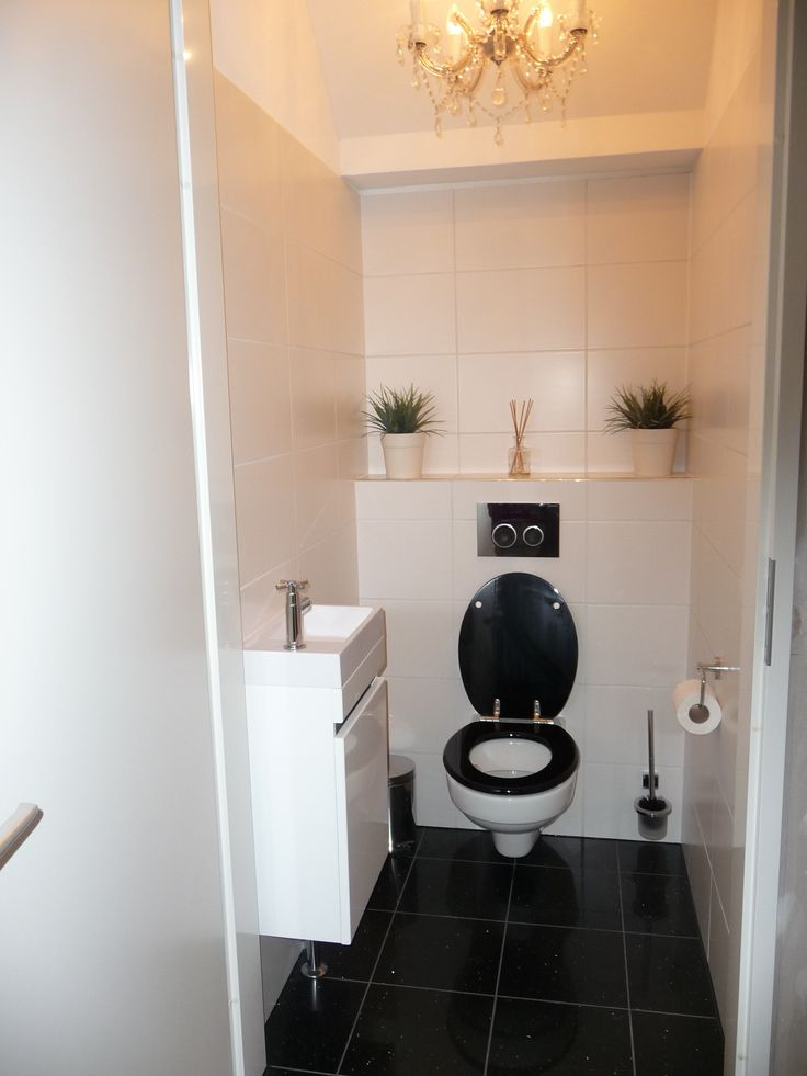 34 beste afbeeldingen over toilet idee n op pinterest toiletten villa 39 s en brocante - Idee deco toilet in grijs ...