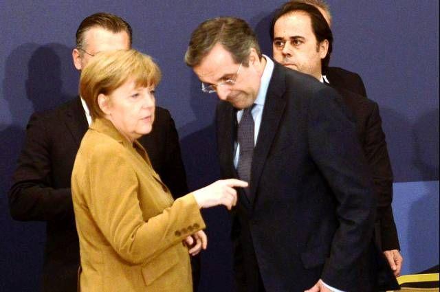 Θλιβερή εικόνα Σαμαρά λίγο πριν το πολιτικό του τέλος: Στα γόνατα ενώπιον της Μέρκελ