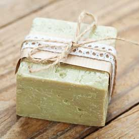 Find out how to make a gentle and healing tea tree soap bar with antiseptic, anti-fungal and antibacterial properties.