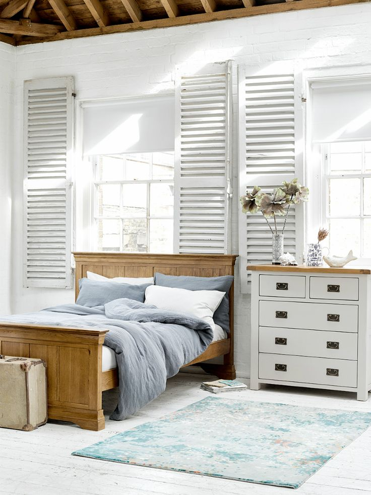 How to Mix and Match Wood Furniture in Bedroom Furniture