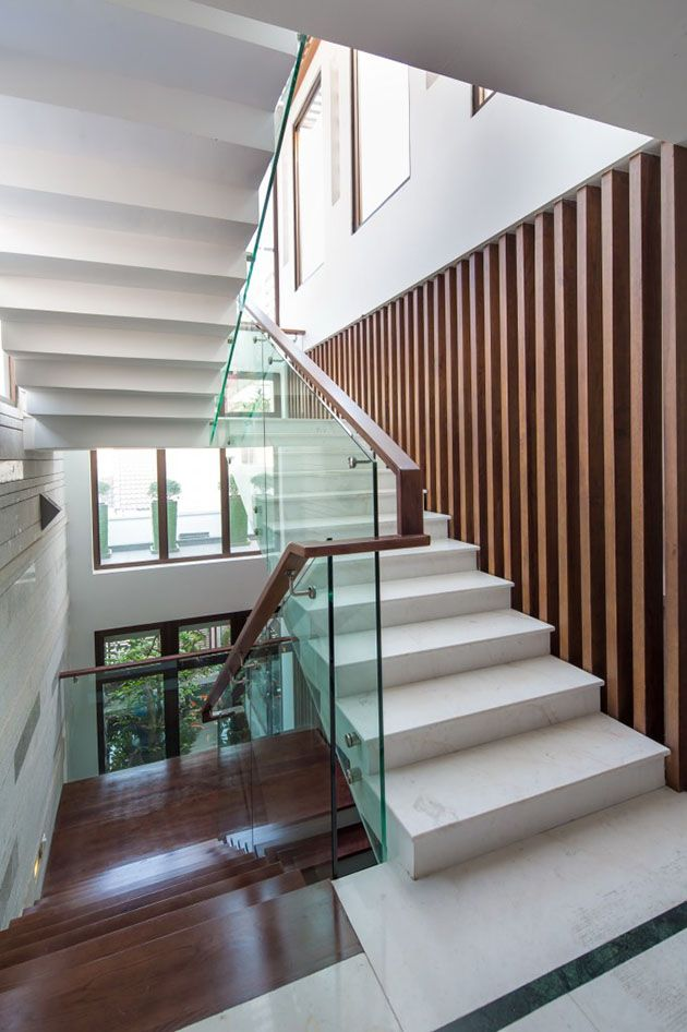Biệt thự đẹp - cầu thang trong xây dựng biệt thự.