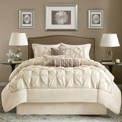 BEAUTIFUL 7PC MODERN ELEGANT IVORY WHITE wish this was in a darker color & duvet