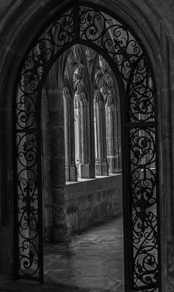 victorian gothic art belayar architecture - 474×796