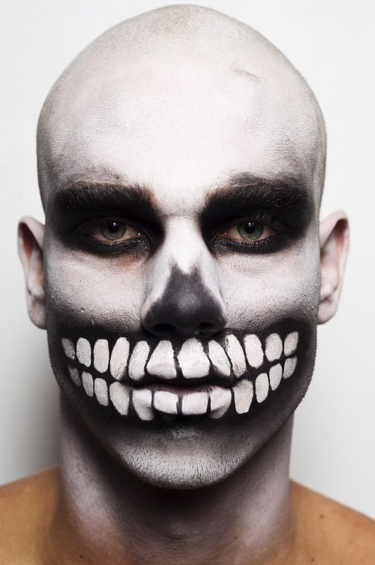 Insanely cool skull makeup