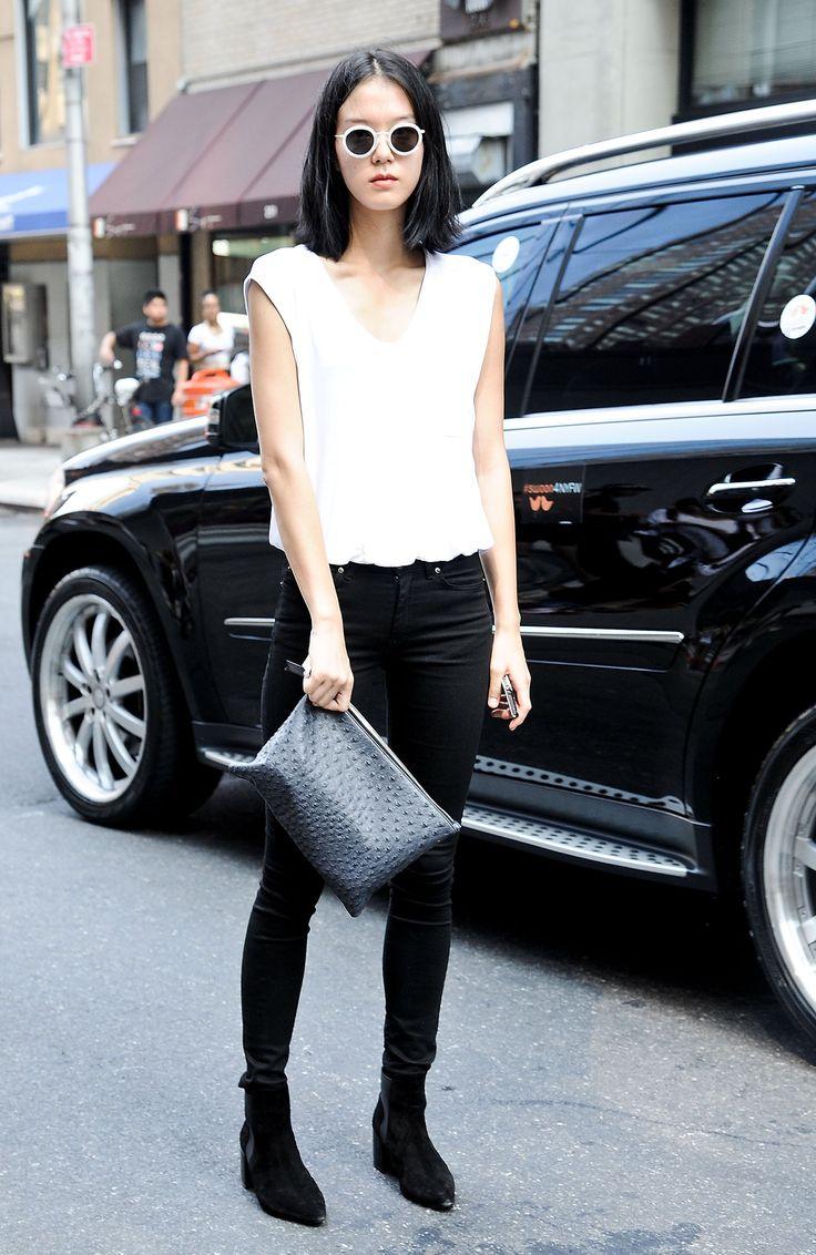 White t shirt fashion tips - Hot Shots The Best Street Style At Nyfw Updated White T Shirtsfashion Tipsfashion