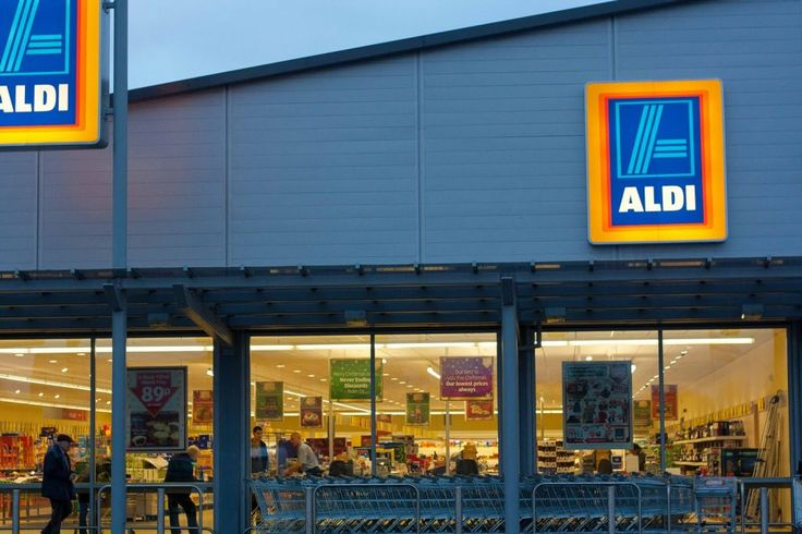 Aldi to Go Full Organic, Bans Pesticides and Rivals Whole Foods as Healthiest Grocery Store