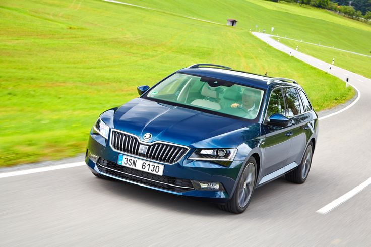 The new ŠKODA Superb Combi's new design demonstrates the brand's emotional strength. The new ŠKODA design language shows assurance, dynamic elegance and balanced proportions. At the same time, the new generation offers even more space and further improved functional virtues. Form, function and technology in perfect harmony #newsuperbcombi #skoda