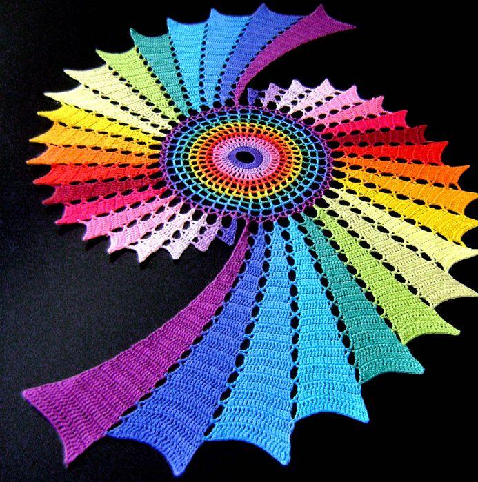 Delicadezas en crochet Gabriela: Camino de mesa multicolor