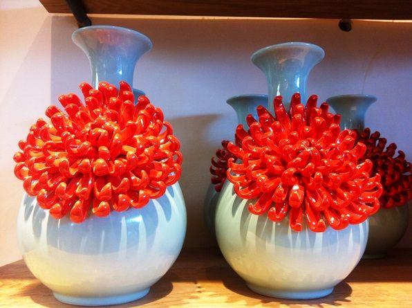 Curvy Chrysanthemum Vase Design Ideas
