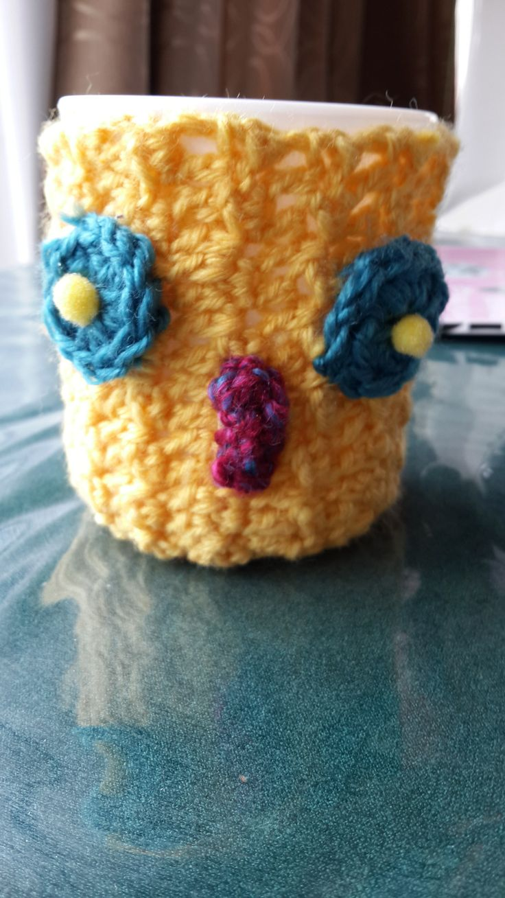 Louisa knitted the owl cosy for the mug