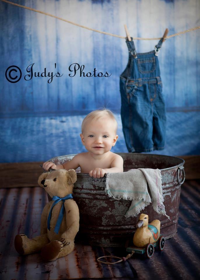 Baby in a tub set up, still adorable | Portraits | Bath ...