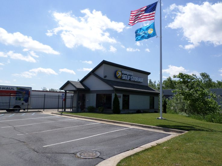 Looking For Self Storage Units In East Lansing Mi Comp Offers Clean And Affordable To Fit Any Need