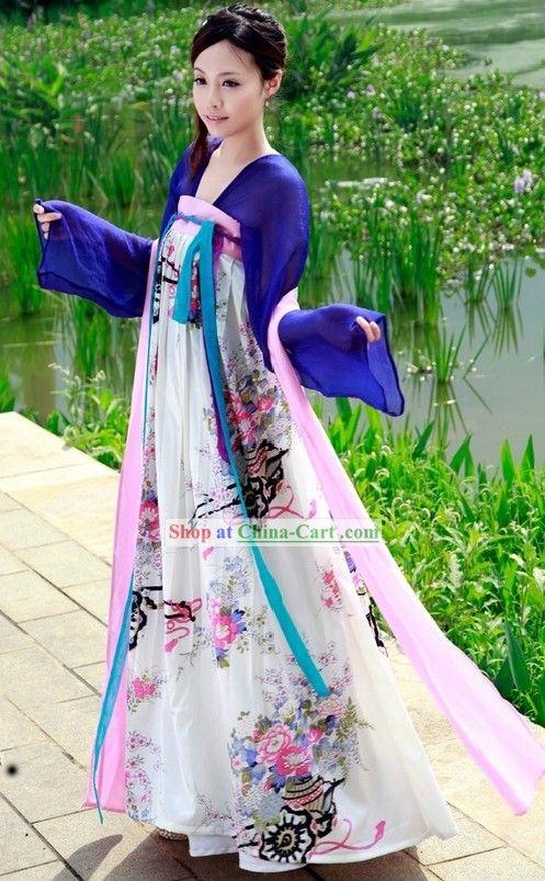 Ancient Chinese dress- Hanfu?