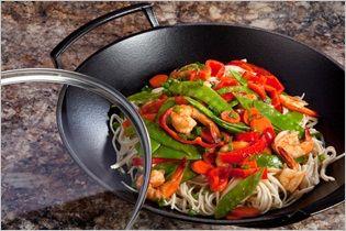 Image from http://www.lecreuset.com.hk/media/wysiwyg/recipe/Shimp_Vegetables_Big.jpg.