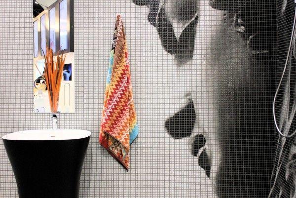 Mosaico Digitale - Medusa Bathroom Feature Wall