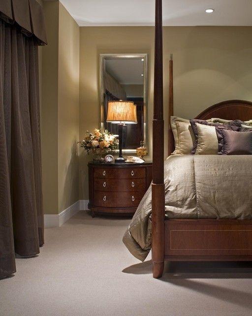 Full mirror behind nightstand