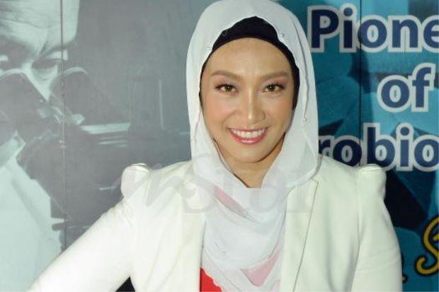 Fara Fauzana Ketuai Bacaan Ikrar Hari Kemerdekaan - http://malaysianreview.com/141553/fara-fauzana-ketuai-bacaan-ikrar-hari-kemerdekaan/