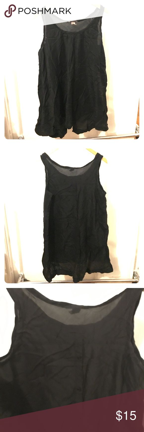 Black Tunic Dress With back buttons size 18 Wish I had better lighting to show how cute this is. Sleeveless Tunic dress, Sleeveless. With buttons down the back. Light and airy fabric. Size: 18. Wrinkled from storage. By h&m H&M Dresses Mini