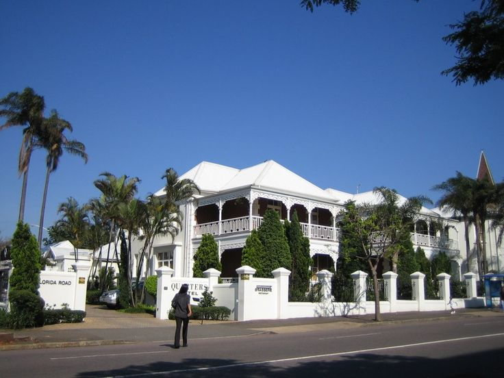 ★ℒ ★Durban Florida Road - Quarters Hotel