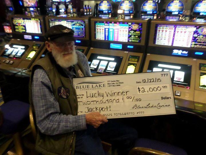 #jackpotalert congratulations to Bill the lucky winner of a $2000 #jackpot a few minutes ago!