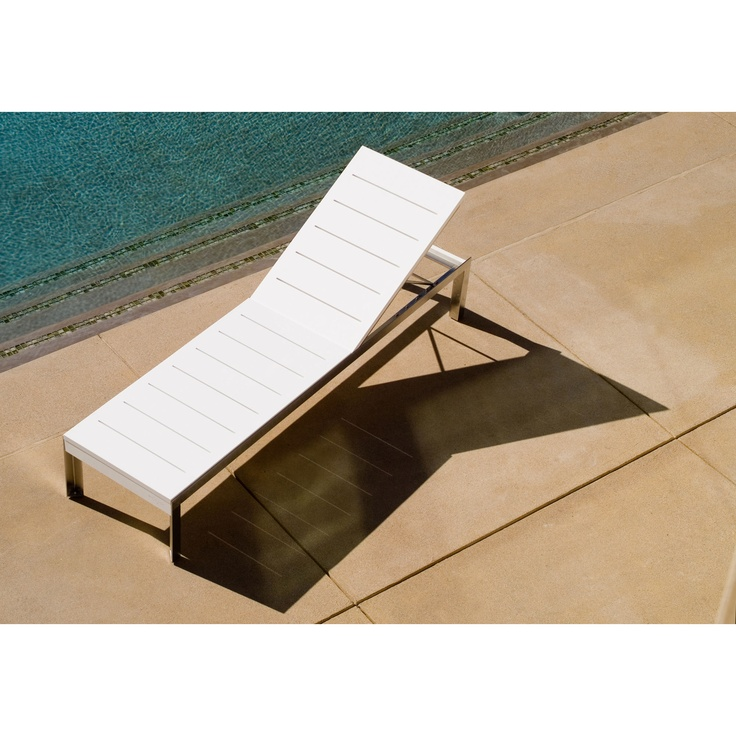 modern outdoor etra adjustable chaise lounge