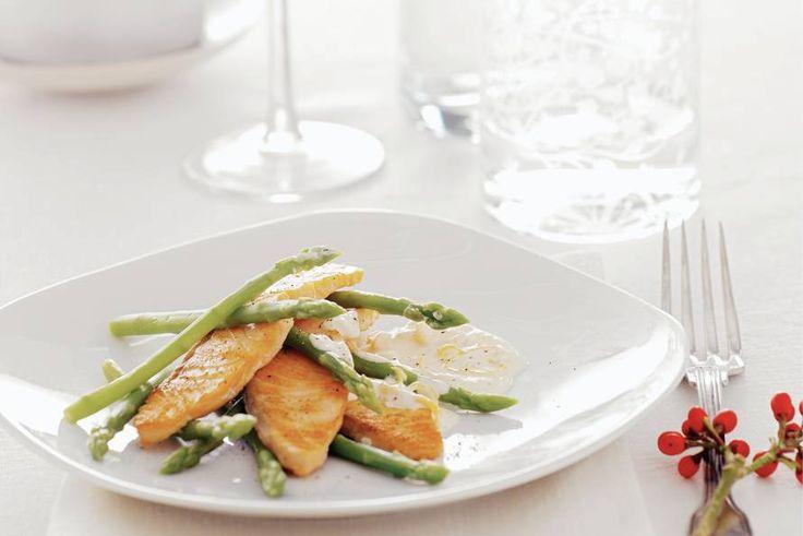 Zalmhaasje met groene aspergetips - Recept - Allerhande