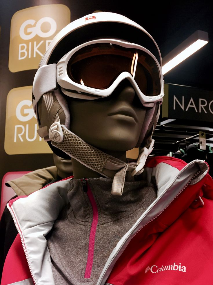Sports Collection by More Mannequins #FemaleMannequin #style #shopwindow #visualmerchandising #windowdisplay #vm #retail #sport #yoga #fitness