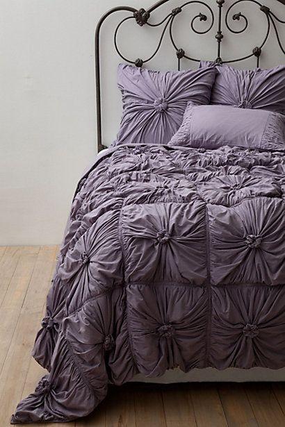 rosette quilt in lavender  http://rstyle.me/n/e7vikpdpe