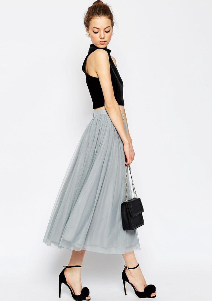 Bridesmaid trend - separates   dove grey tulle skirt and black crop top