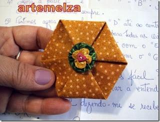 hexagono de fuxico: Crafts Ideas, De Fuxico, Gifts Ideas, Fuxico Hexagons, Pap Fuxico, Hexagons Yo Yo, Fuxico Ems, Blog, Hexagons Gossip