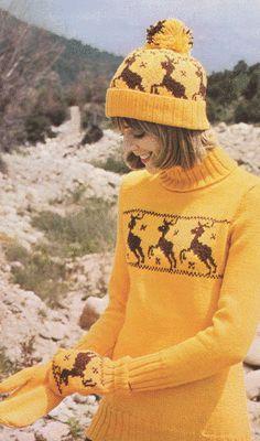 Retro knitting - yellow Christmas jumper