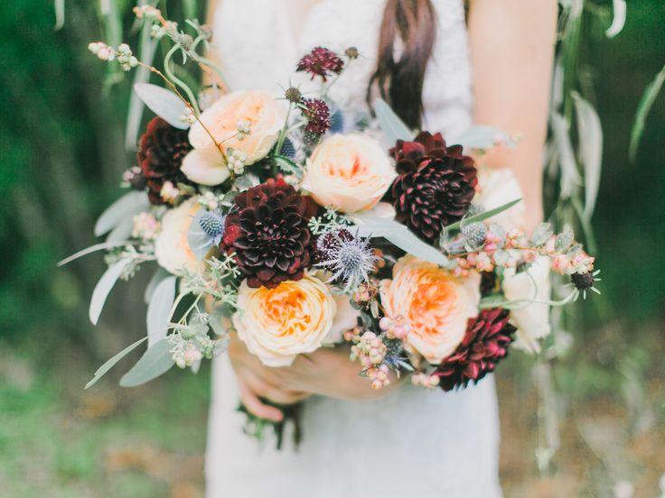 http://whimsicalfloral.com/portfolio-charlottesville-va-wedding-florist/