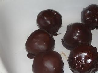 Paleo on Main: Chocolate Covered Pecan Pie Balls