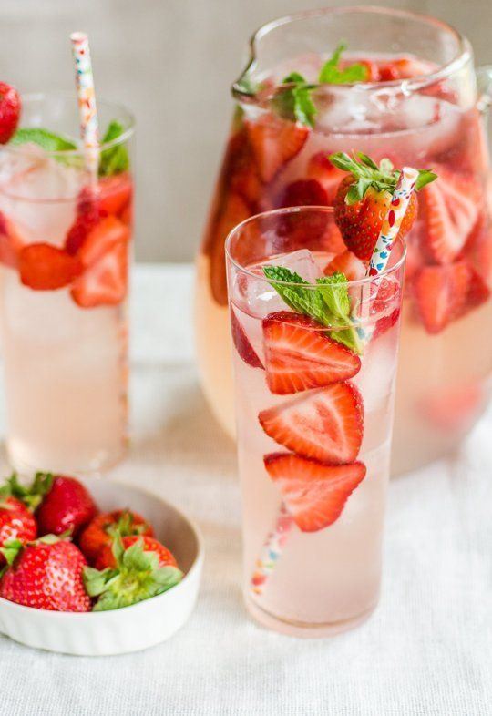 40 Strawberry Wedding Ideas and Desserts for Summer   http://www.deerpearlflowers.com/40-strawberry-wedding-ideas-and-desserts-for-summer/