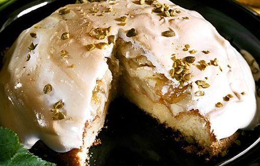 Marengilla kuorrutettu kakku ei kaipaa kastiketta.