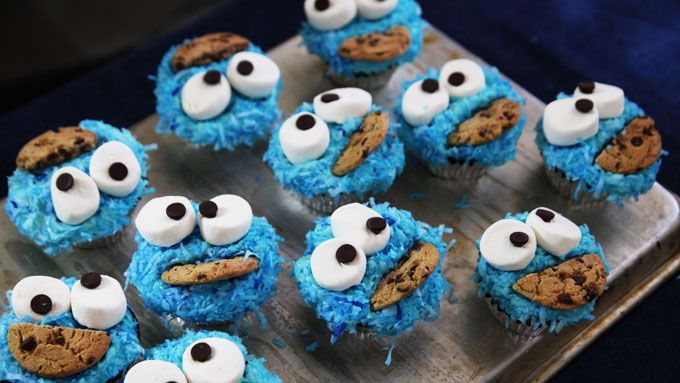 How to Decorate Cookie Monster Cupcakes . Kitchen Explorers . PBS Parents | PBS