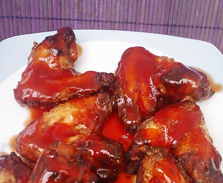 esta receta ademas de ser muy sencilla de hacer,estan las alas de pollo muy ricas.quedan muy crujientes y un sabor agridulce buenisimo.teng...