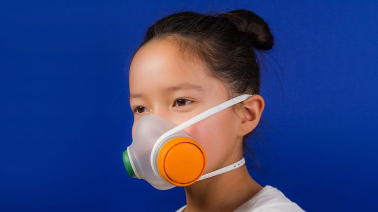 Danish studio Kilo Design has created a mask to protect and educate children living in areas with very high levels of air pollution.