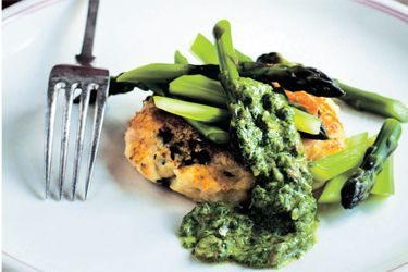 Potato cakes with asparagus and salsa