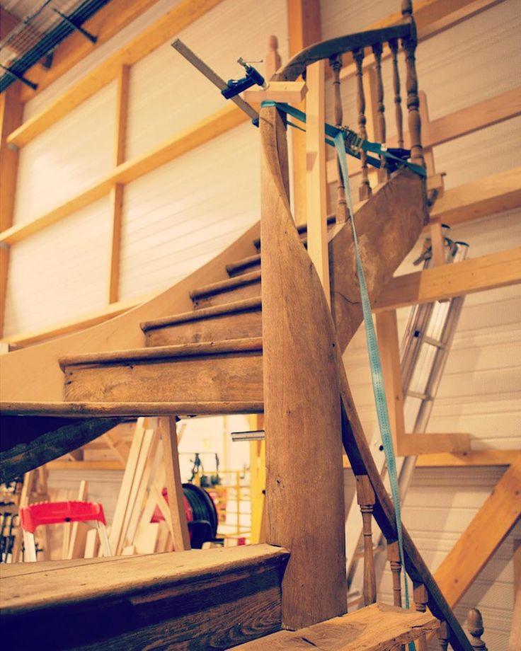 17 meilleures imagesà propos de escaliers sur Pinterest Escaliers de bois, Chalets et B u00fbches # Escalier Ancien Bois