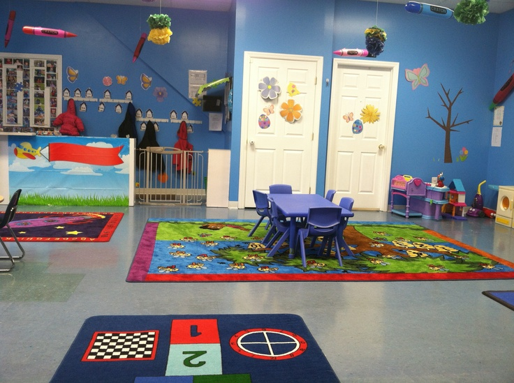 Daycare classroom decorations classroom decor for Art classroom decoration ideas