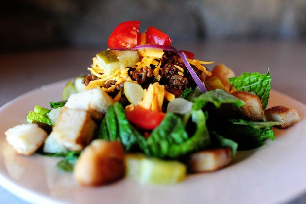 Cheeseburger Salad: I ain't makin my own croutons, but I AM making this!