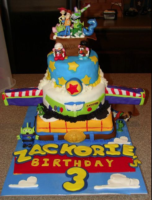 Toy Story: more than one cake idea for this movie
