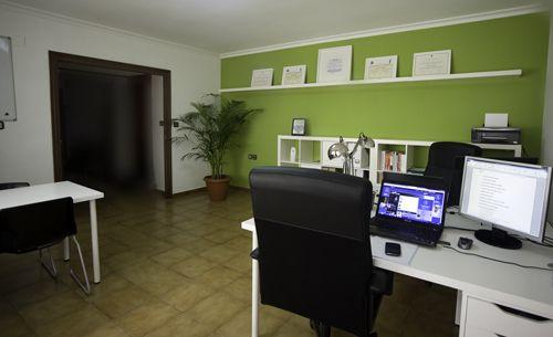 17 mejores im genes sobre oficina en pinterest verde for Areas de una oficina